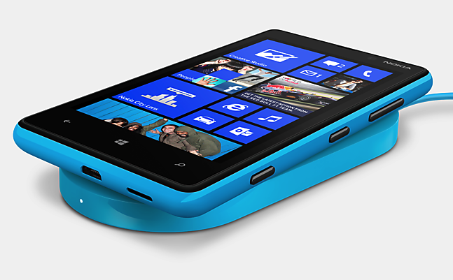 Nokia Lumia 820 Windows 8 Phone