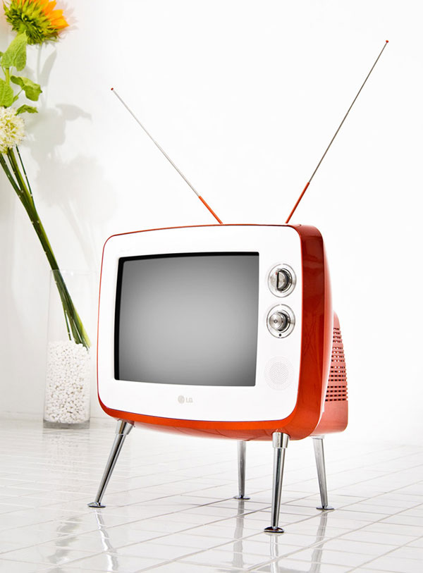 LG goes retro with the Serie 1 TV