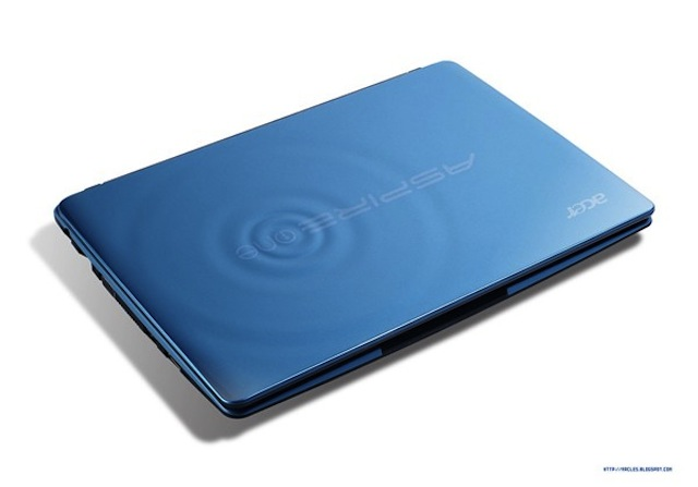 Acer Aspire One 722 netbook