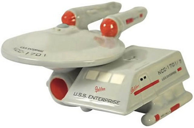 Star Trek Salt and Pepper Shaker Set