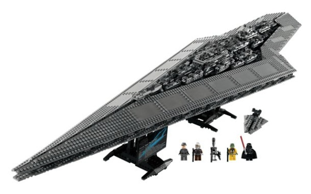 LEGO Darth Vader Super Star Destroyer Executor