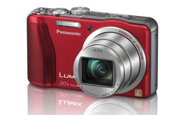 Panasonic Lumix DMC-ZS20 compact superzoom camera